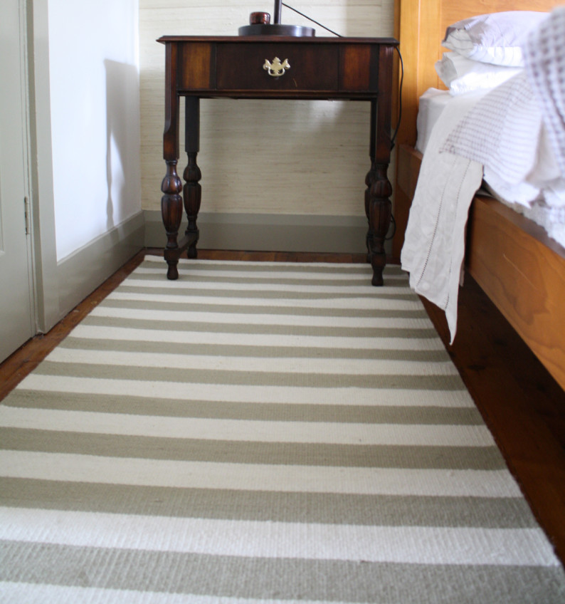 Striped Weaved Rug in White Wheat Colour